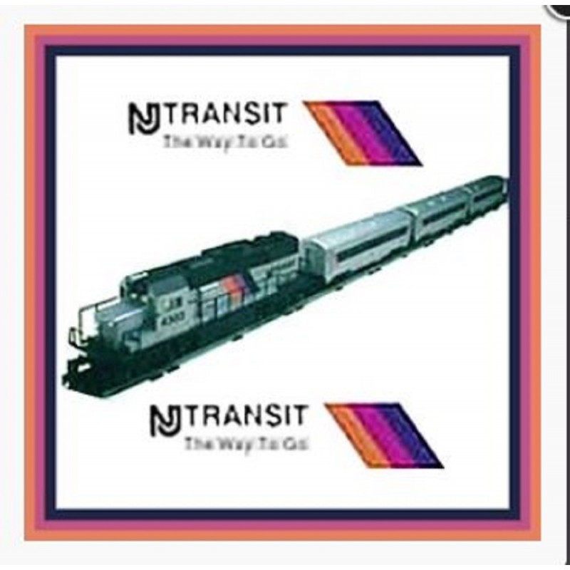 LIONEL 18856 NJ TRANSIT DIESEL ENGINE AND PASSENGER CARS TRAIN SET  15122,  15123,  15124