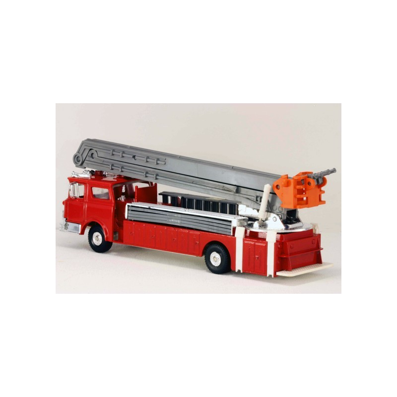 MODEL POWER  MP-8968-2 FIRE FIGHTERS FIRE ENGINE DOUBLE SNORKEL BUCKET TRUCK WITH LADDERS